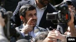 İran prezidenti Mahmud Ahmadinejad