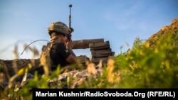 На украинских позициях под Мариуполем, Донецкая область, 22 июня 2018