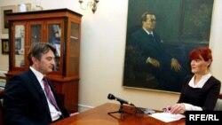 Željko Komšić u razgovoru sa Dženanom Karabegović