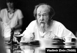 Олександр Солженіцин в липні 1994 року