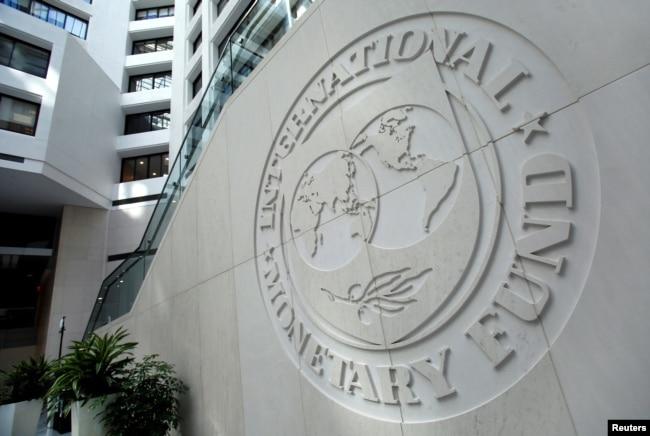 'Mogao je Međunarodni monetarni fond i dalje da nam daje kredite. Ali su oni rešili da zategnu 1983. godine pod uticajem Amerikanaca u okviru glavnog plana da se ruši socijalizam. '