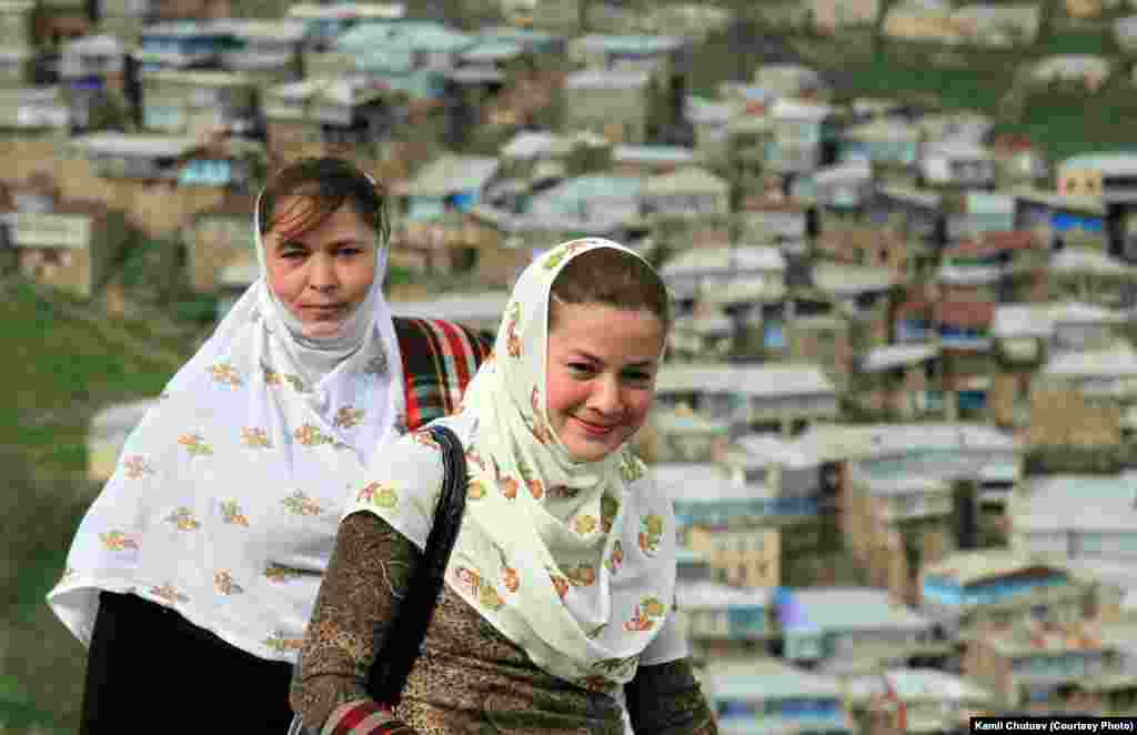 Girls from Kubachi village, 2010