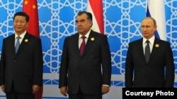 L to R: Chinese, Tajik and Russian Presidents Xi Jinping, Emomali Rahmon and Vladimir Putin, Dushanbe, 12.09.2014