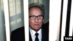 Василий Кононов в суде, Рига, 21 января 2000