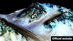 Nasa оприлюднила докази води на Марсі