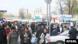 """Бишкектеги """"Ош"""" базары"""