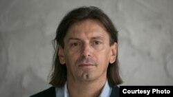 Мухбир Игорь Карней 15 ноябрь куни полиция томонидан қўлга олинган.
