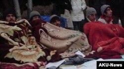دانشجويان اعتصاب کننده می گويند با فشار زيادی از سوی مقامات دانشگاه روبرو هستند تا اعتصاب غذای خود را بشکنند.
