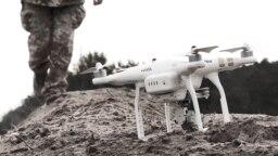 Цивільні БПЛА у війні на Донбасі використовують для доставки боєприпасів
