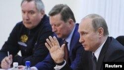 Дмитрий Рогозин, Сергей Иванов и Владимир Путин
