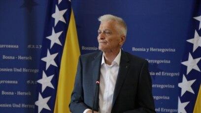 Prema podacima iz registra imovinskih kartona Centralne izborne komisije BiH iz 2018. godine, Nikola Špirić (na fotografiji) je jedan od najbogatijih političara u državi