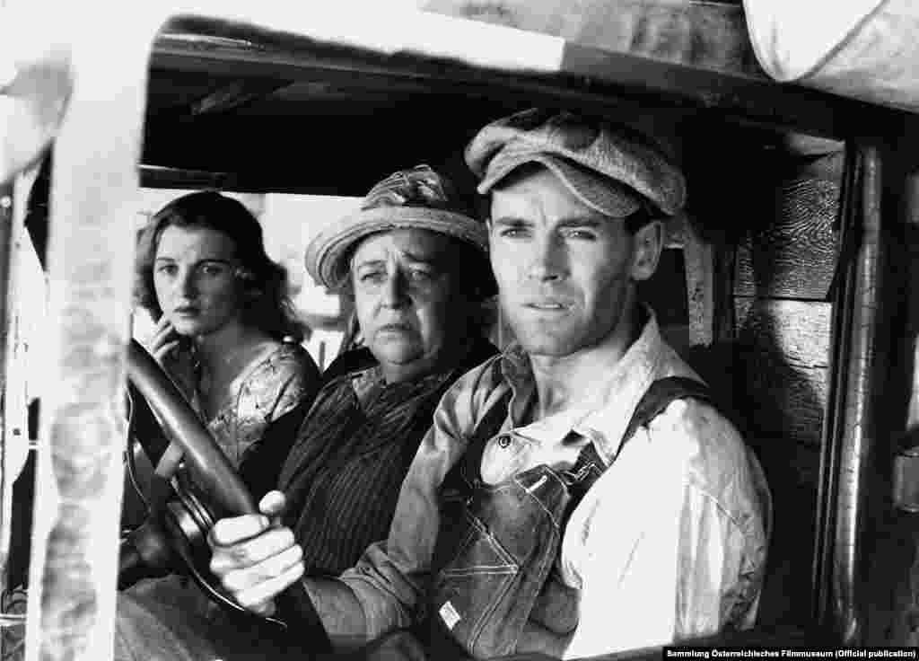 """Один из самых известных фильмов Форда – """"Гроздья гнева"""" по роману Джона Стейнбека, 1940"""