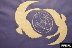Работа Ильи Тимчишина «Над землёй летели лебеди»