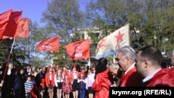 Севастополь, митинг у памятника Ленину, архивное фото