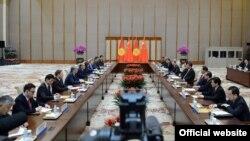 Кыргыз-Кытай делегациялары жолугушууда