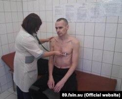 Олег Сенцов во время голодовки