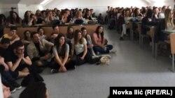 """Srednjoškolci na festivalu """"Na pola puta"""" u Užicu"""