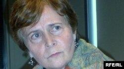 АҚШ-тағы халықаралық діни еркіндік комиссиясының өкілі Кэтрин Косман. Душанбе, 2 маусым 2009 жыл. (Көрнекі сурет)
