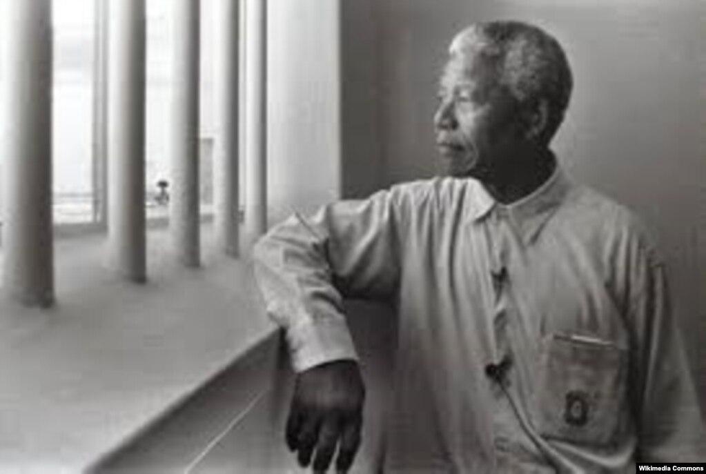 او ۲۷ سال در زندان ماند.
