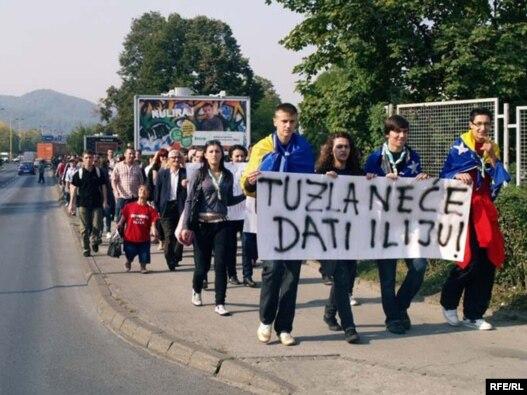 Skup podrške Iliji Jurišiću u Tuzli, Foto: Maja Nikolić