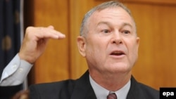 U.S. Representative Dana Rohrabacher says a chance has been missed to solve the problem between Kosovo's ethnic Serbs and Albanians permanently.