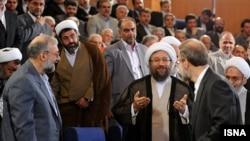 سه نوع لاریجانی در یک تصویر؛ الله اکبر!