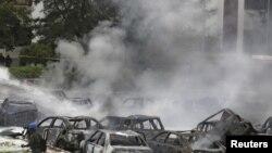 Место теракта у полицейского участка в Абудже, 16 июня 2011 г.