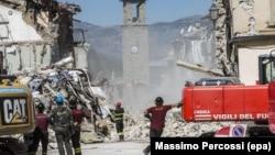 Potraga za telima nastradalih i raščišćavanje se nastavljaju: Amatriče pet dana nakon zemljotresa