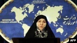 مرضیه افخم، سخنگوی وزارت خارجه ایران میگوید که این قطعنامه به دور از واقعیت است و با اهداف سیاسی نوشته شده است.