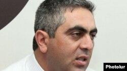 Пресс-секретарь министра обороны Армении Арцрун Ованнисян.