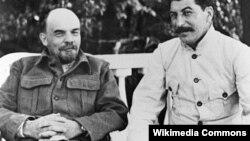 Владимир Ленин жана Иосиф Сталин, 1922-1923-ж.ж.