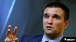Pavlo Klimkin gjatë intervistës me agjencinë Reuters në Bruksel
