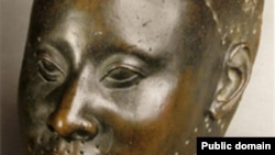آثار هنرمندان آفریقایی در حال حاضر جایی در حراجی های معروف بین المللی ندارند.