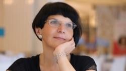 Ioana Pârvulescu: Dar viața era în altă parte pentru noi…