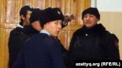 Полицейские Жанаозена. Иллюстративное фото.