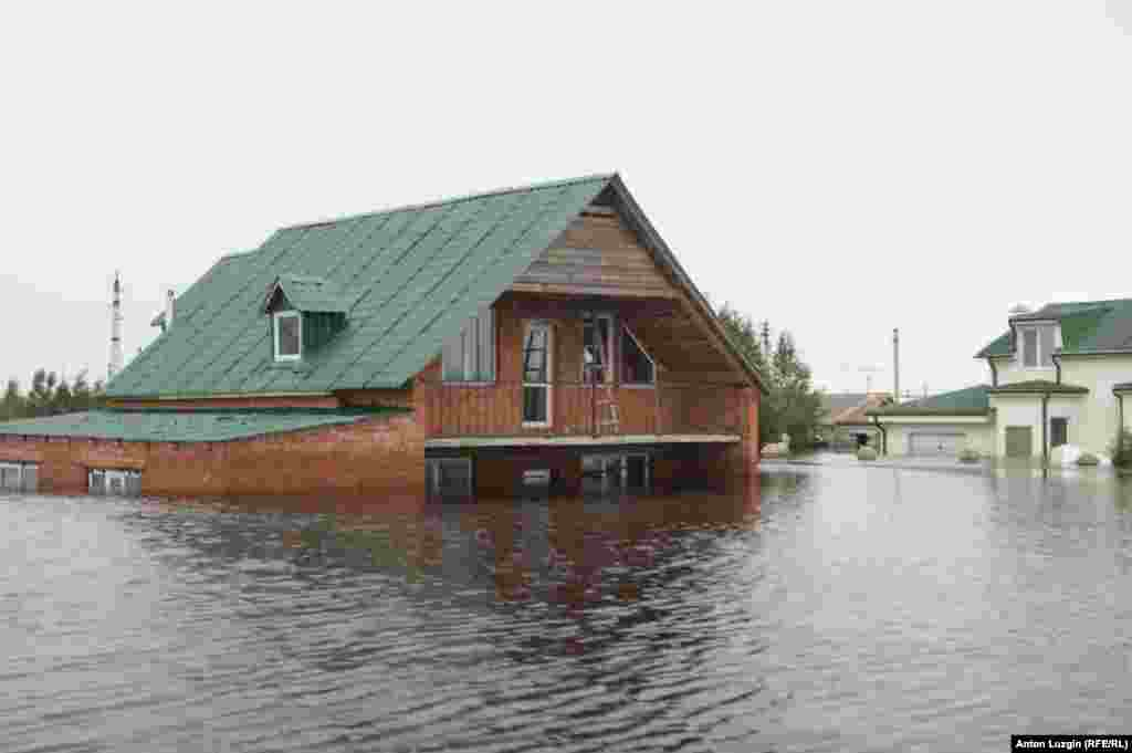 A flooded house in the Amur region