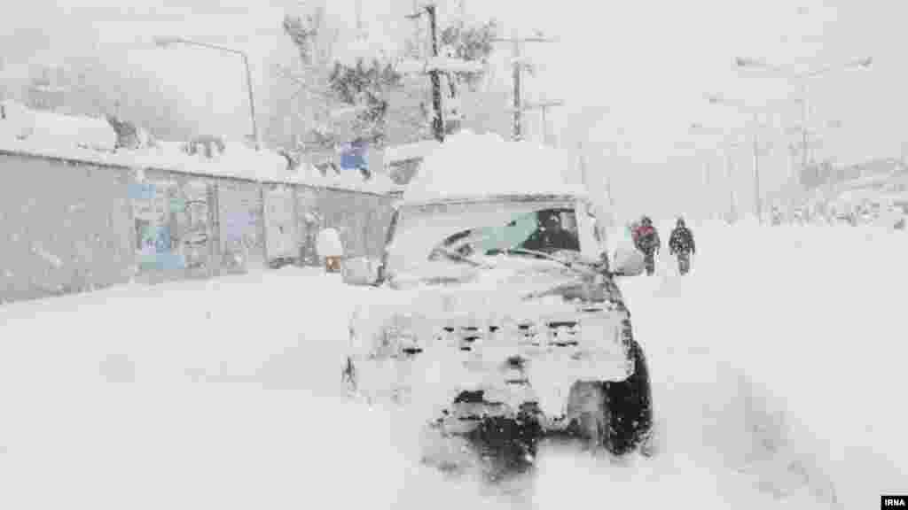 بارش برف سنگین در ولایت مازندران ایران