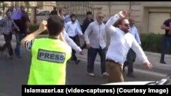 Протестная акция была организована по случаю дня Кудса (это день солидарности с борьбой палестинцев против израильтян). Участники скандировали «Смерть – масонам!» и «Карабах – Азербайджану!» и готовились сжечь флаги США, Израиля, Великобритании и Армении