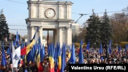 "Reliable estimates put the number of participants in the November 3 ""pro-Europe"" rally in Chisinau at more than 60,000."