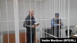 Девлет Алиханов в зале суда