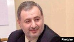 Арарат Зурабян