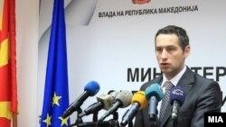 Министерот за здравство Никола Тодоров.