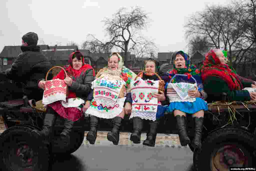 "Local women in the village of Tonyezh in Belarus join the Chyrachka celebrations on March 10. The old custom celebrates spring and is associated with the arrival of a small waterfowl duck, which in this area is called ""chyrachka."" (Svaboda.org, RFE/RL)"