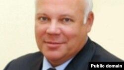 Байқоңыр әкімдігінің басшысы Александр Мезенцев. Сурет Байқоңыр қаласының ресми сайтынан алынды.