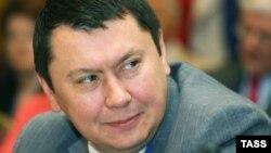 Рахат Алиев.
