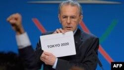 Presidenti Komitetit Olimpik Ndërkombëtar, Jacques Rogge.