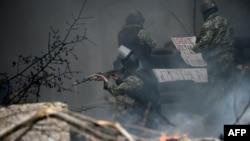 Штурм українськими силовиками одного з блокпостів сепаратистів у Слов'янську, 24 квітня 2014 року
