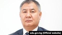 Абдыманап Муратов.