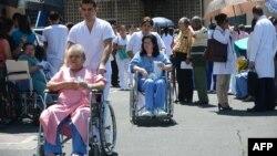 تخلیه بیمارستان برای مقابله با زمین لرزه احتمالی در سن خوزه، پایتخت کاستاریکا