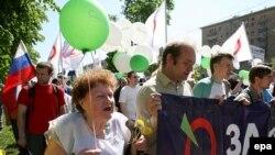 Экологию в свою предвыборную программу, кроме «Зеленых», включило «Яблоко»
